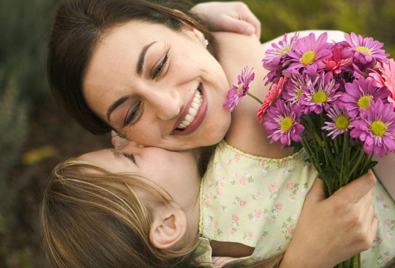 MOTHER DAY SPECIAL : जानिए अपनी माँ के जन्म माह से उनका स्वभाव
