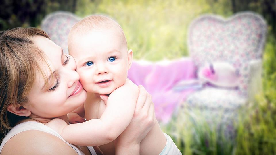 Mothers Day 2018: मदर्स डे पर जानिए ऐसी खूबसूरत बातें जिससे अब तक अनजान होंगे आप