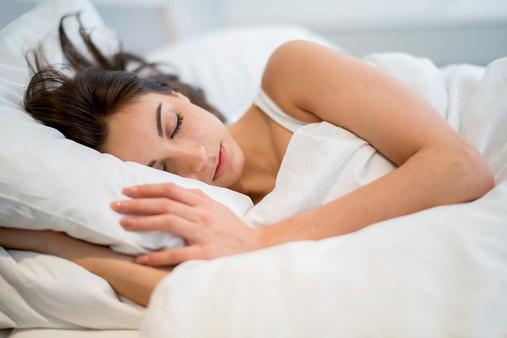 सोते समय ध्यान रखे इन दिशाओं का, ये बढाती है टेंशन और बीमारी