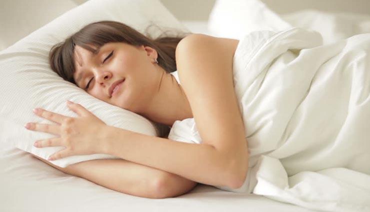 ज्यादा सोने के ये नुकसान जानकर आपकी उड़ जाएगी रातों की नींद!