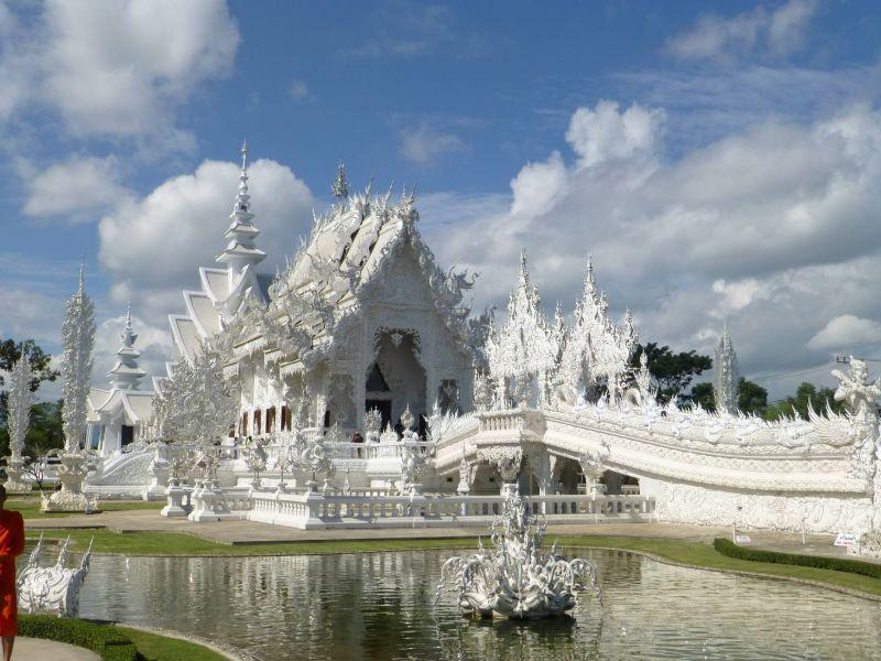 विदेशो में बने हुए है ये खूबसूरत मंदिर, एक बार जरुर जाये यहाँ...
