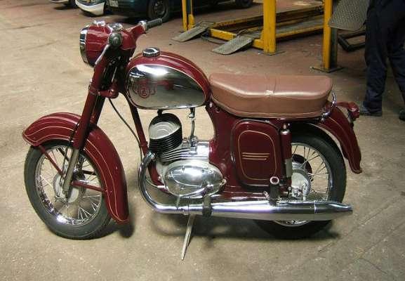 Image result for 60 के दशक की बाइक जावा एक बार फिर सड़कों पर दौड़ने को तैयार