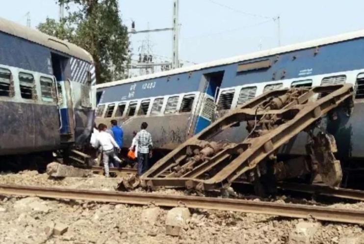 न्यू फरक्का रेल हादसाः सिग्नल विभाग की गलती से बेपटरी हुई थी ट्रेन, जारी की प्रारंभिक जांच रिपोर्ट