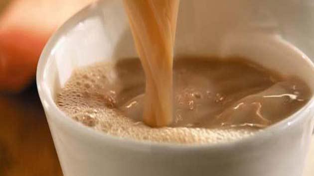 अपने गले के दर्द और खराश से छुटकारा दिलाएंगी ये 5 तरह की चाय