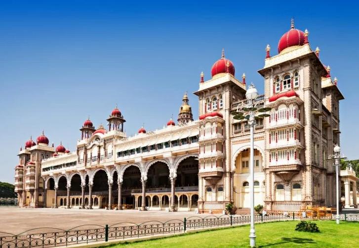मैसूर और बेंगलुरु घूमने का जल्द बनाइए प्लान, देख आइये यहां की खूबसूरती