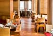 अपनी गर्लफ्रेंड को करना है खुश तो मुंबई के इन बेहतरीन होटल व रेस्तरां में ले जाये...