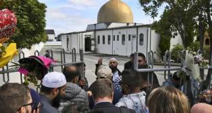 न्यूजीलैंड नरसंहार के बाद पहली बार खुला क्राइस्टचर्च मस्जिद, अदा की गई नमाज