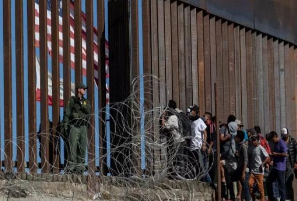 अमेरिका-मैक्सिको सीमा दीवार की बड़ी बाधा पार, पेंटागन ने एक अरब डॉलर की राशि को दी मंजूरी