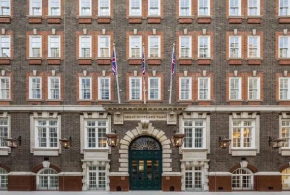 1829 में बने स्कॉर्टलैंड यार्ड बिल्डिंग को भारतीय ने फाइव स्टार होटल में किया तब्दील