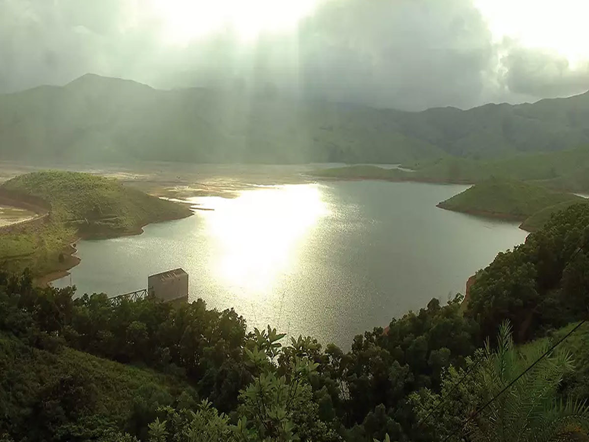 सागर और पहाड़ो के बीच एडवेंच ट्रिप करनी हो तो जाएं कर्नाटक के 'कुद्रेमुख'...