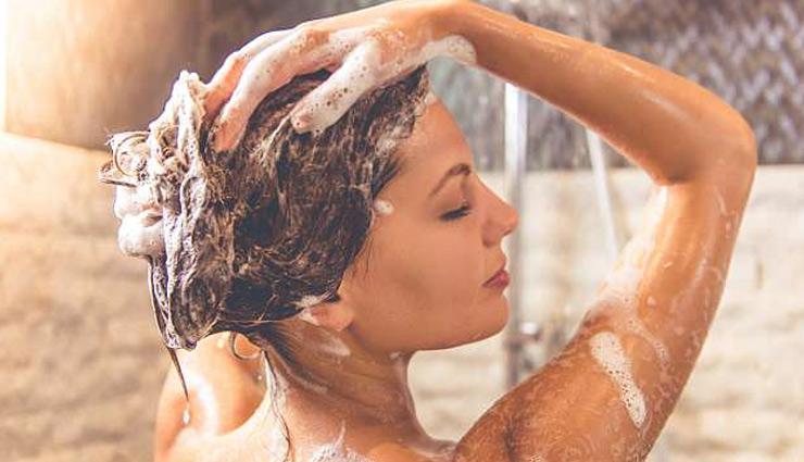 Photo of नहाते समय लड़कियाँ जरूर करें ये एक काम, फूलो सा खिल उठेगा आपका शरीर…
