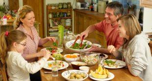 खाना चबा-चबा कर खाने से मिलते हैं ये फायदे, डायबिटीज मोटापा रहेगा हमेशा के लिए दूर