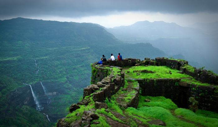 यहाँ पर प्रकृति का अद्भुत दृश्य देखकर आपको आने लगेगी स्वर्ग जैसी फीलिंग...