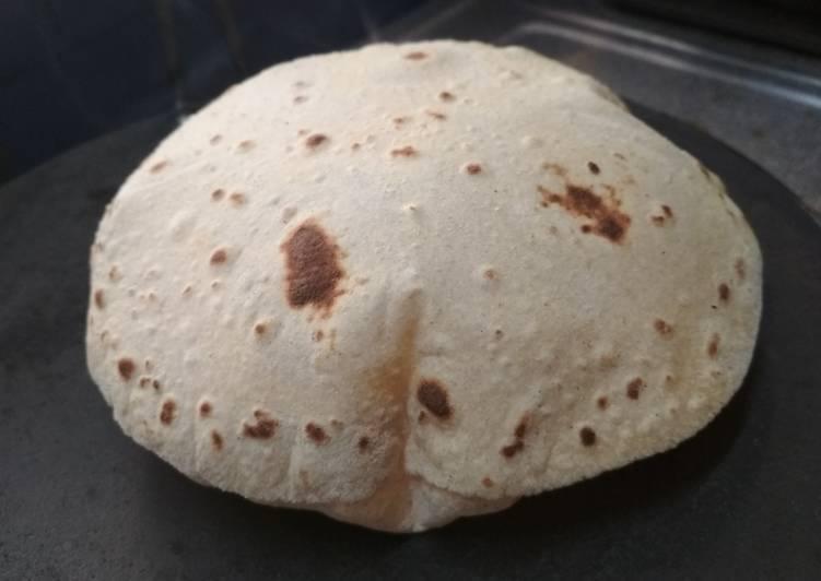 जानिए, रोटी के अनोखे टोटके बदल सकती है आपकी किस्मत भी...