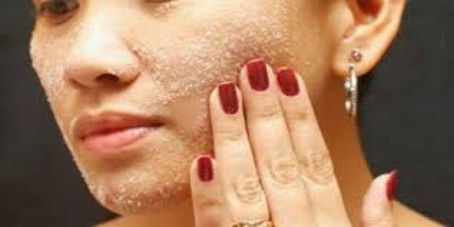 Photo of चेहरे के सुंदरता के लिए कभी नमक का भी करें उपयोग