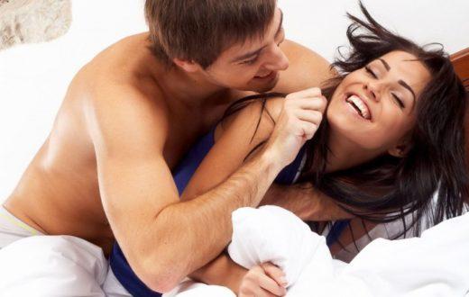 गर्मियों में अपने SEX लाइफ को उत्तेजित करने के लिए करें ये उपाय, फिर देखें कमाल...
