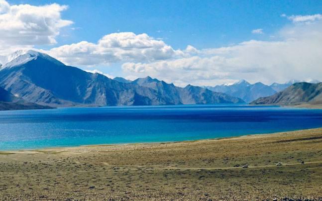 अपनी बेमिसाल खूबसूरती के लिए मशहूर हैं भारत की ये झीलें...