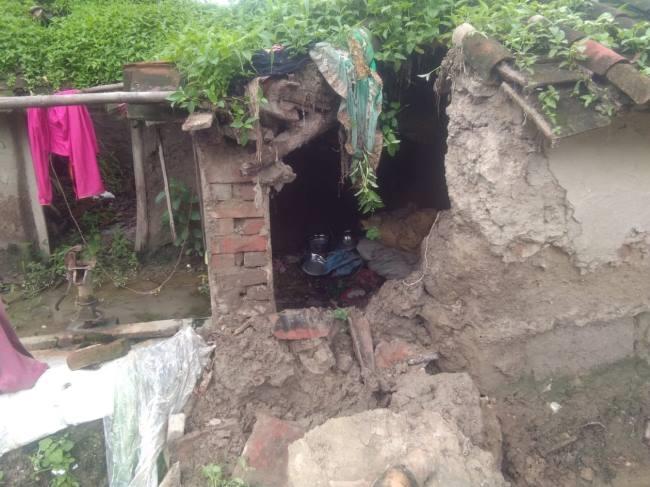 Photo of ग्रामीण क्षेत्रों में बारिश का पानी बरपा रहा कहर, आवागमन दुश्वार