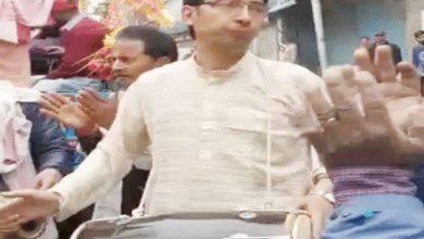 Photo of जम्मू-कश्मीर में 35 साल बाद हिंदुओं ने निकाला जुलूस….यहां देखें वीडियो
