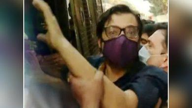 Photo of Republic TV के एडिटर अर्नब गोस्वामी को हुए गिरफ्तार, सामने आया ये मामला