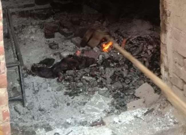 Photo of देशी शराब के ठेके में संदिग्ध परिस्थितियों में आग लगने से सेल्समैन की हुई मौत