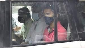 Photo of शिवसेना नेता प्रदीप शर्मा को एनआईए की टीम ने किया गिरफ्तार…