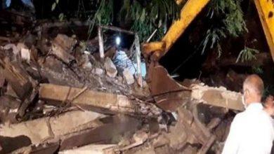 Photo of बड़ी खबर: मुंबई के बांद्रा में इमारत का गिरा हिस्सा गिरने से एक व्यक्ति की मौत