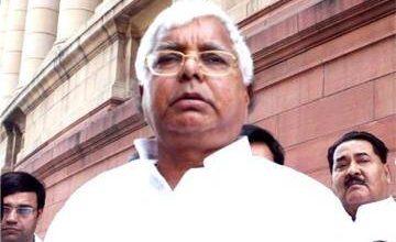 Photo of लंबे समय तक जेल में रहने के कारण सक्रीय सियासत से दूर 73 वर्षीय लालू प्रसाद यादव ने कहा-नेता कभी रिटायर नहीं होता…