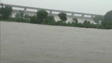 Photo of लगातार हो रही बारिश की वजह से हाड़ौती, बारां, कोटा सहित कई जिलों में बेकाबू होती जा रही बाढ़ की स्थिति, जानिए हर अपडेट