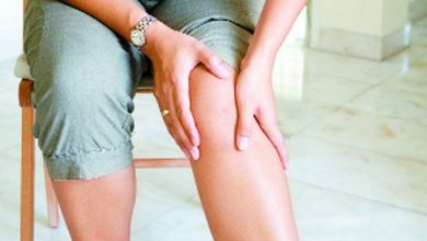 Photo of पैरों में होने वाले दर्द और ऐंठन से छुटकारा पाने के लिए अपनाये ये घरेलू उपाय…