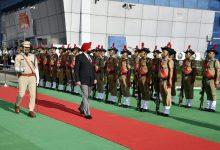 Photo of नवनियुक्त राज्यपाल के आगमन पर पुलिस द्वारा दिया गया गार्ड ऑफ ऑनर