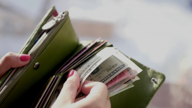 Photo of पर्स में रखे ये चीजें, कभी नही होगी धन की कमी…