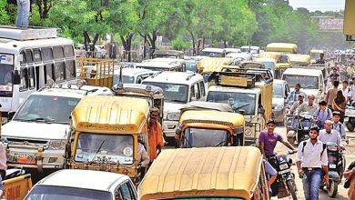 Photo of सड़काें पर मनमर्जी से चलने वाले वाहन चालकों के विरुद्ध कार्रवाई कर कोर्ट में पेश करेगी पुलिस
