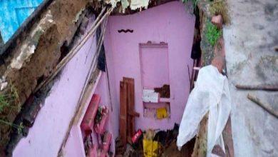 Photo of जलोखर में हुई तेज बारिश से एक कच्चा मकान का लेंटर गिरने से गई बच्ची की जान, किशोरी घायल