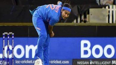Photo of आस्ट्रेलिया के खिलाफ यहां दूसरे टी-20 मैच में तेज गेंदबाज शिखा पांडे ने अपनी बेहतरीन इनस्विंग से सभी को किया आश्चर्यचकित
