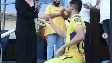 Photo of तेज़ गेंदबाज दीपक चाहर ने मैच खत्म होते ही अपनी गर्लफ्रेंड को ग्राउंड में ही किया प्रपोज़….