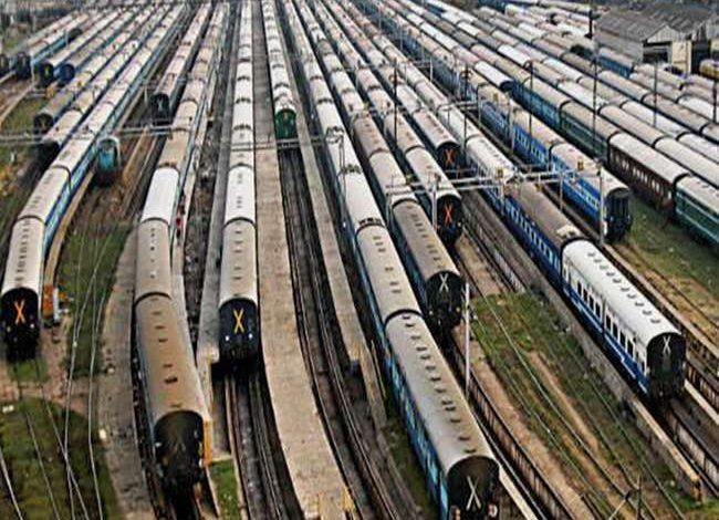 Photo of घर वापसी की राह आसान बनाने के लिए यात्रियों को रेलवे की ओर से मिलेगी ये सुविधा, लखनऊ-नई दिल्ली स्पेशल का भेजा गया प्रस्ताव