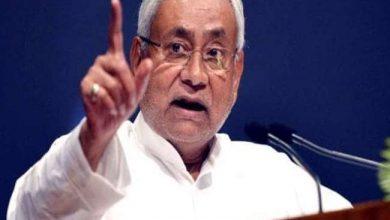 Photo of CM नीतीश कुमार ने जम्मू-कश्मीर में बिहारियों की हत्या पर कड़े तेवर में कहा-वहां कुछ तो गड़बड़ जरूर है…